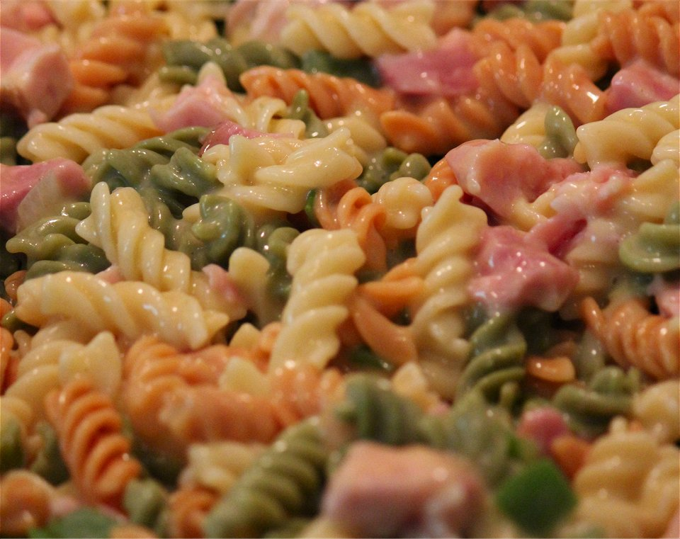 ham and noodle pasta