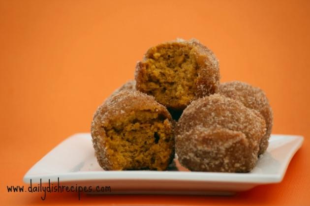 pumpkin puff 1 Pumpkin Donut Puffs #SundaySupper