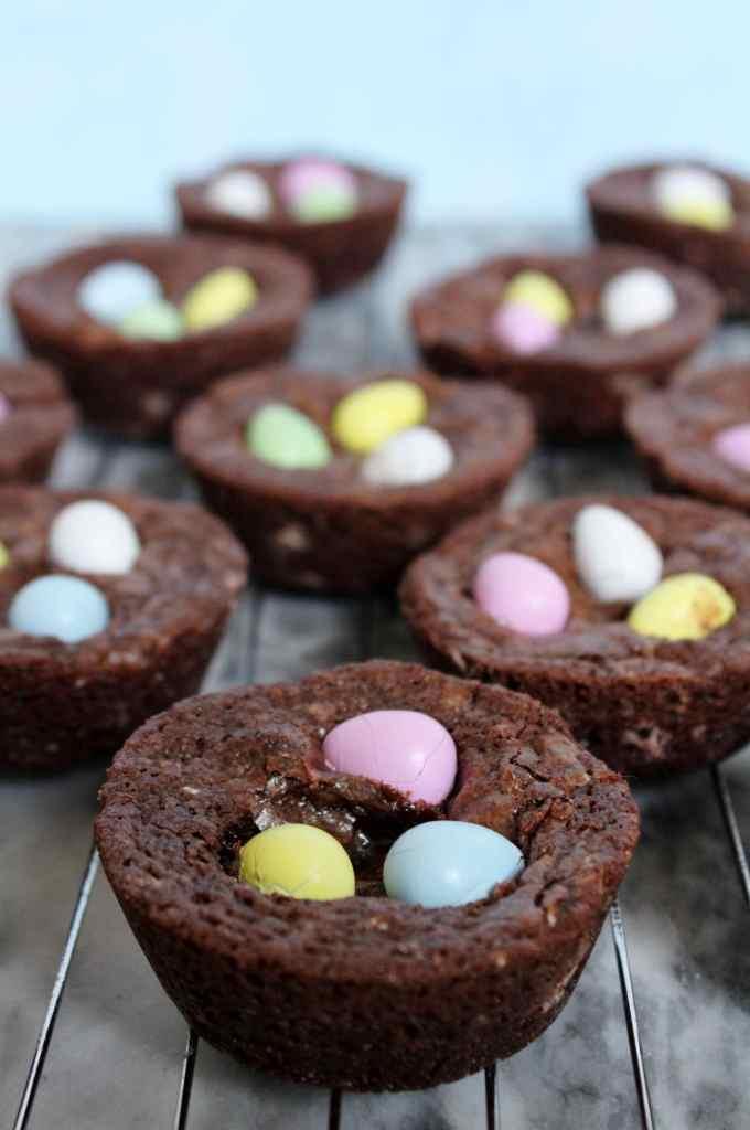 Mini Egg Brownie Bites