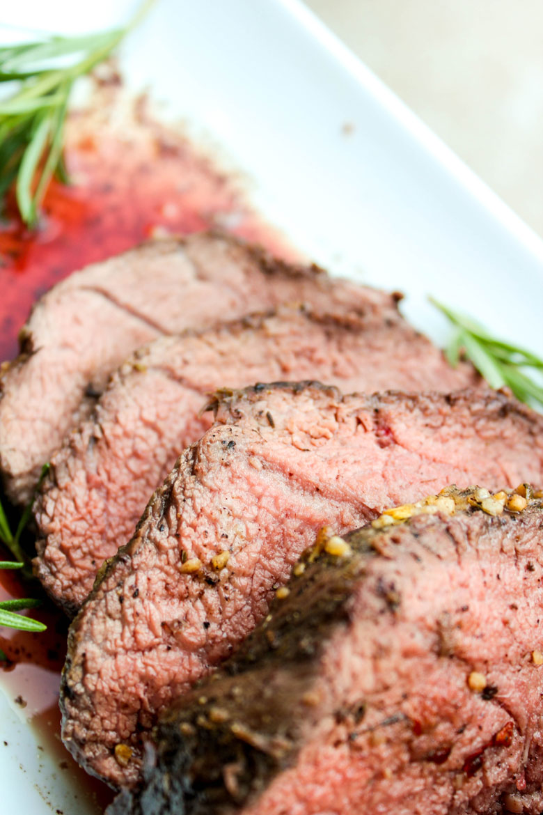 Roasted Beef Tenderloin with Gorgonzola Pepper Cream Sauce