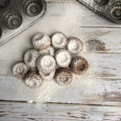 Mini Spice Bundt Cakes