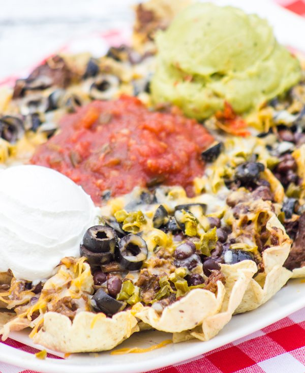 Cowboy Beef Nachos : Manly Meals #SundaySupper | Daily ...