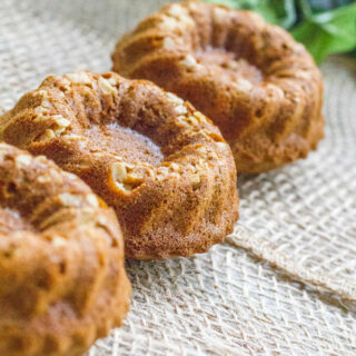 Gingerbread Oatmeal Mini Bundt Cakes