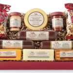 Giving Back & Holiday Traditions with Hickory Farms