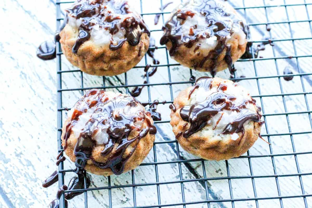 Coconut Cream Mini Cakes