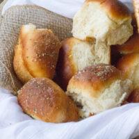 Buttery Garlic, Parmesan & Herb Buttermilk Dinner Rolls