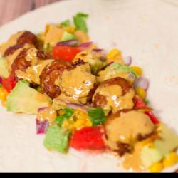 Easy-Meals-Shrimp-Tacos-with-a-Baja-Cream-Sauce (2)