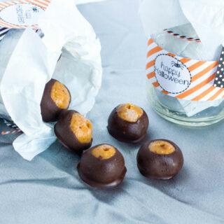 Crunchy Peanut Butter Chocolate Pumpkin Truffles