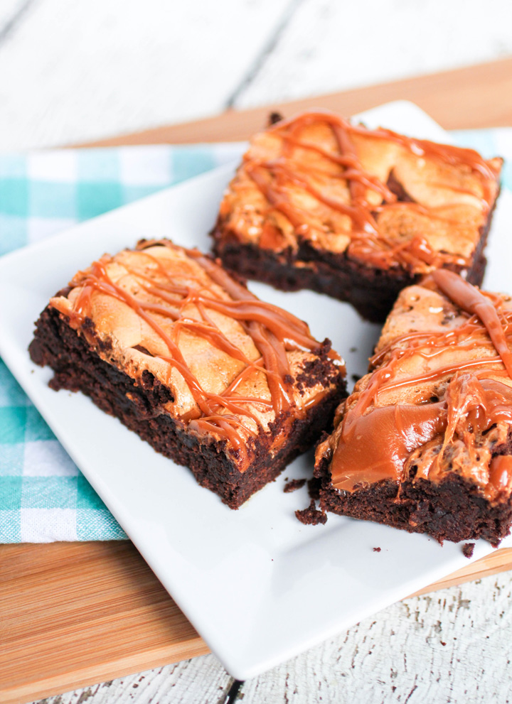 Caramel Pumpkin Spice Marshmallow Brownies