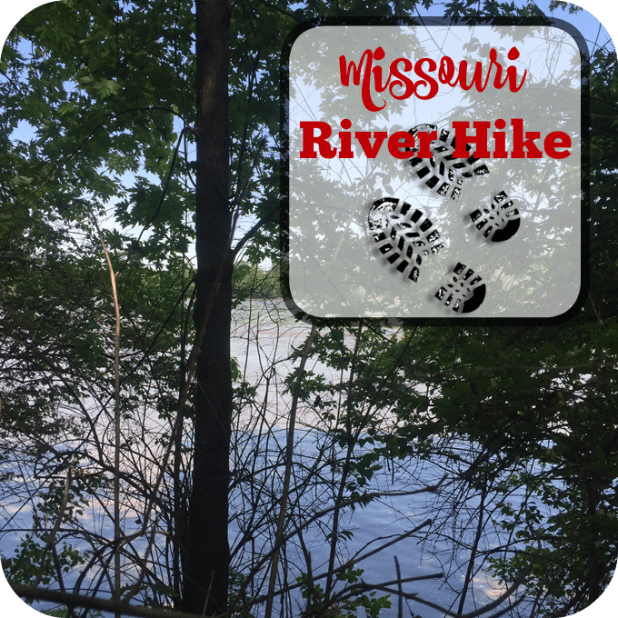 Missouri River Hike