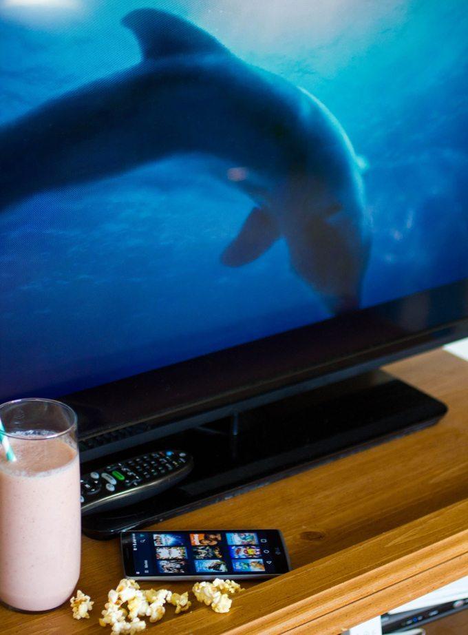 Strawberry Cantaloupe Smoothies - Dophin Tale Movie Night