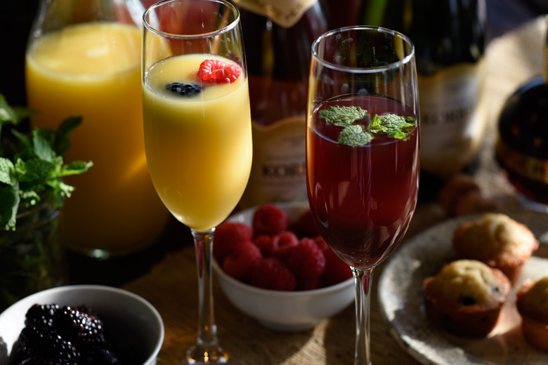 How to set up a mimosa bar