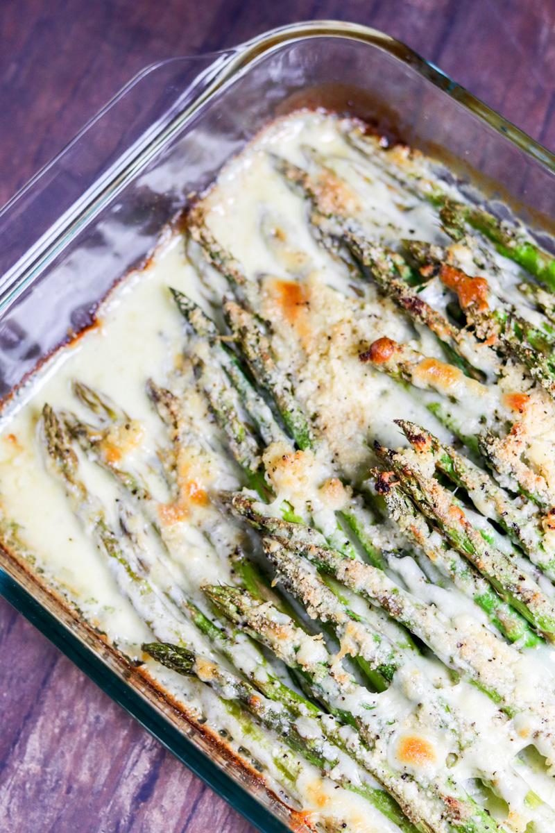 Creamy Baked Cheesy Asparagus