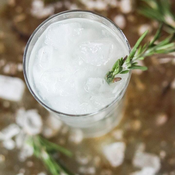 Skinny Rosemary Lime Vodka Fizz