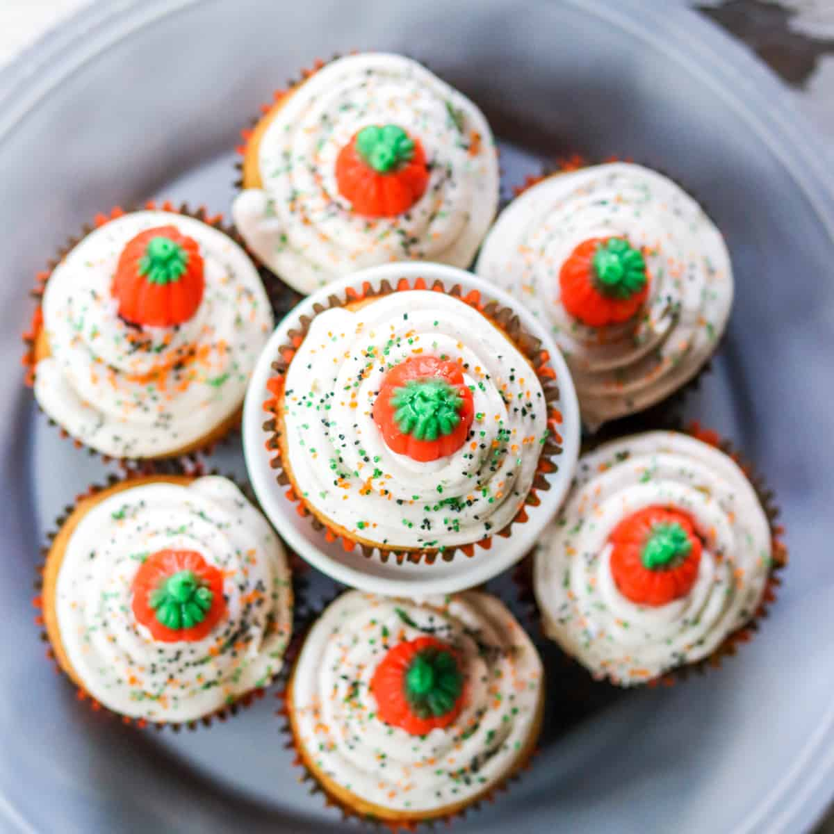 Pumpkin Spice Cupcakes with Cinnamon Cream Cheese Frosting